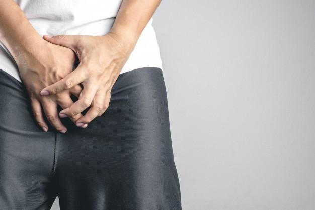 Mụn cóc ở bộ phận sinh dục nam có nguy hiểm không?