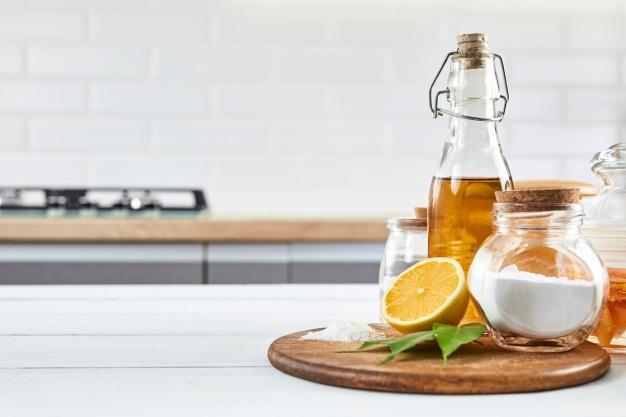 Cách trị mụn đầu đen bằng baking soda với dầu olive tại nhà