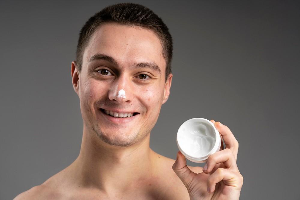 Cách chọn kem trị mụn đầu đen hiệu quả nhất