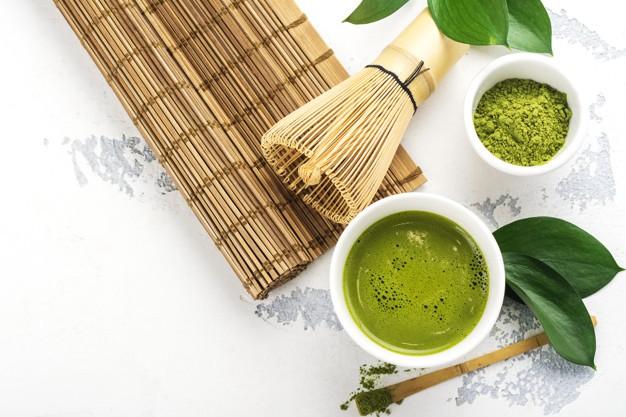 Cách trị mụn ẩn bằng trà xanh tại nhà