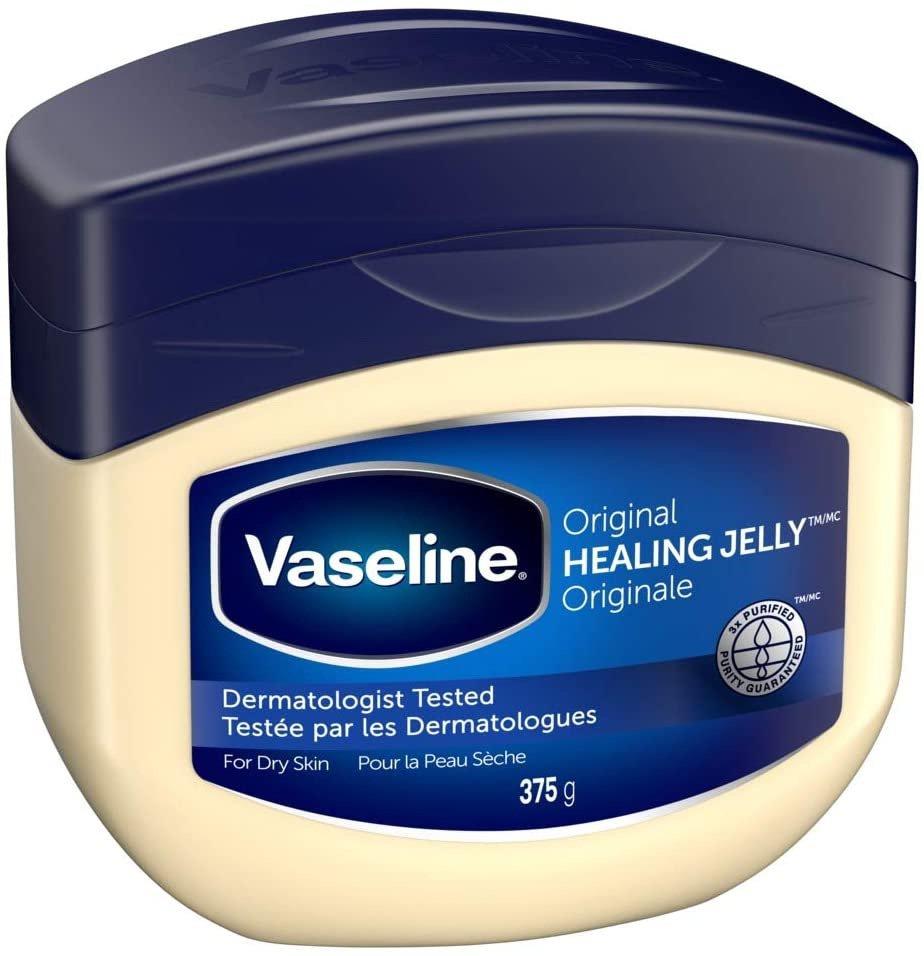 Có nên trị mụn đầu đen bằng Vaseline không?