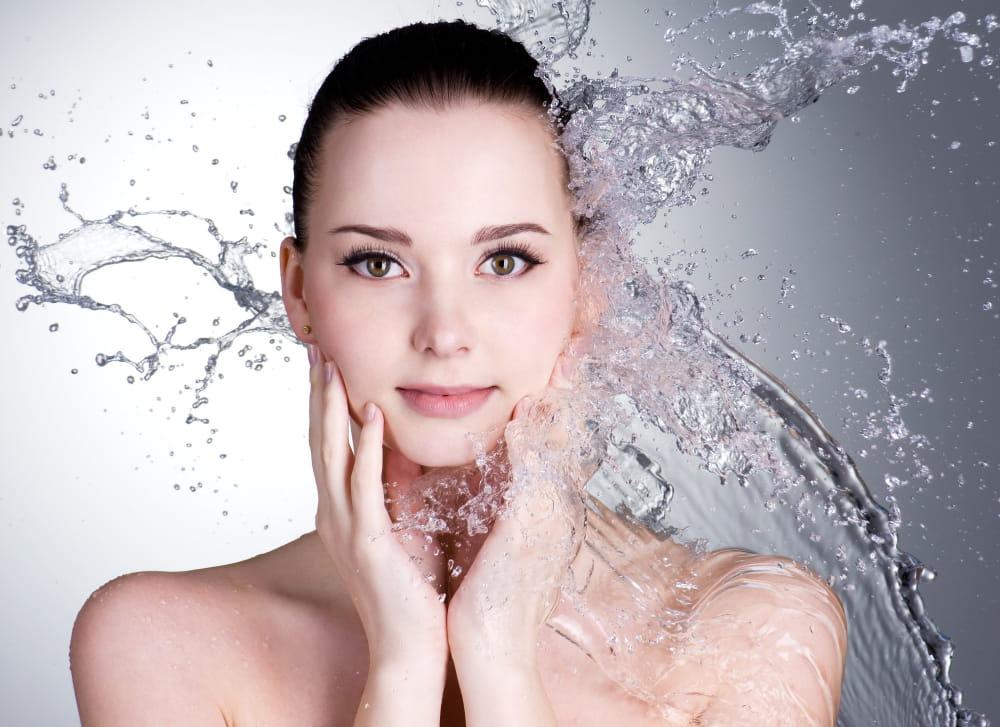 Làm sạch da là cách trị mụn ẩn tại nhà hiệu quả nhất