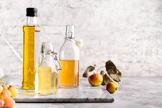 Kết hợp giấm, rượu táo và trà xanh trị rụng tóc
